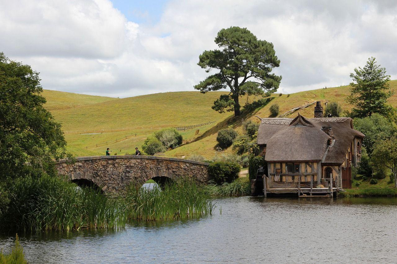 rumah bangsa hobbit