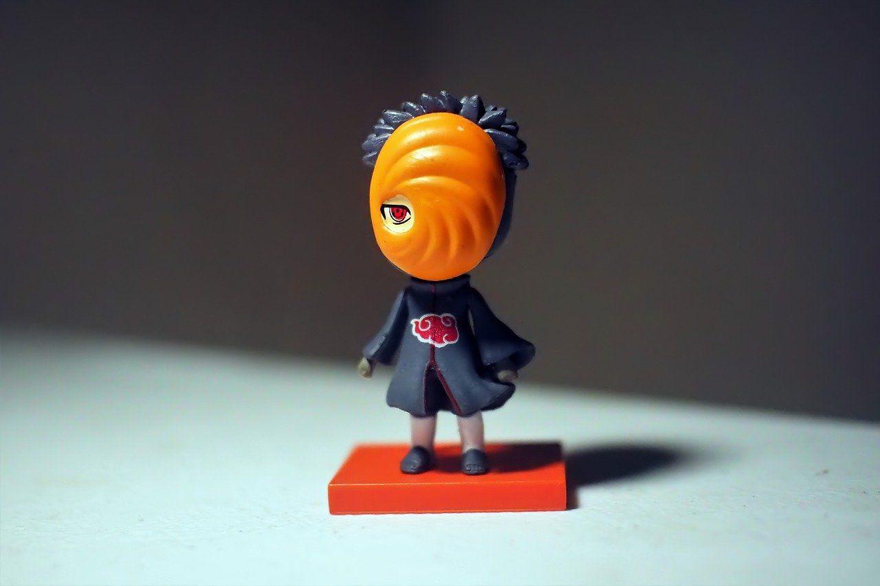 tokoh uchiha obito di anime naruto